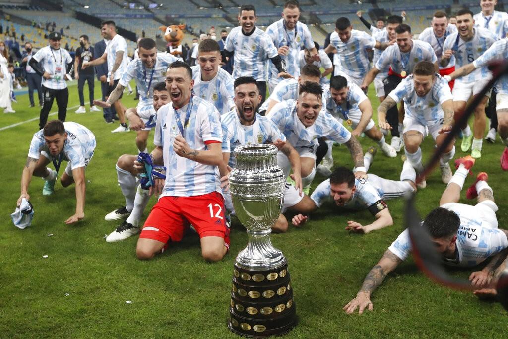 تتويج منتخب الأرجنتين بلقب كوبا أمريكا 2021 للمرة الـ15 في تاريخه بعد أن هزم البرازيل